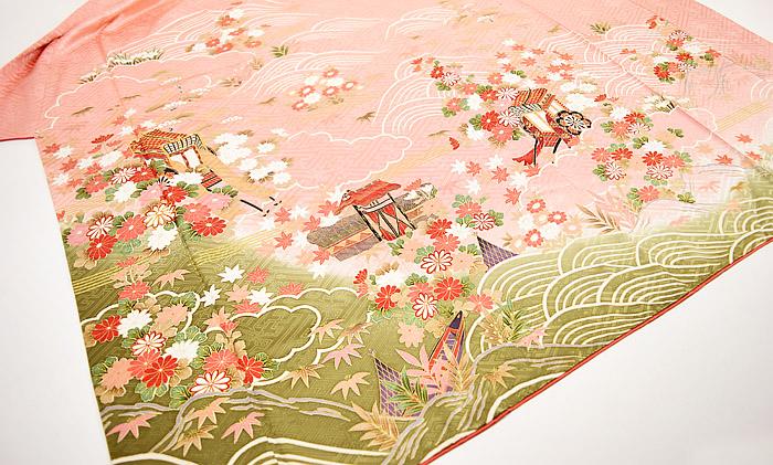 振袖、ピンク、紗綾形紋、御所車、上前〜後身頃画像