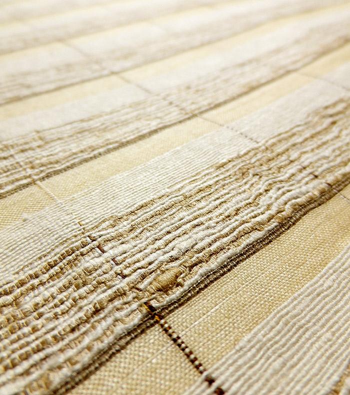 袋帯、全通、野蚕糸、横段、生地のアップ画像