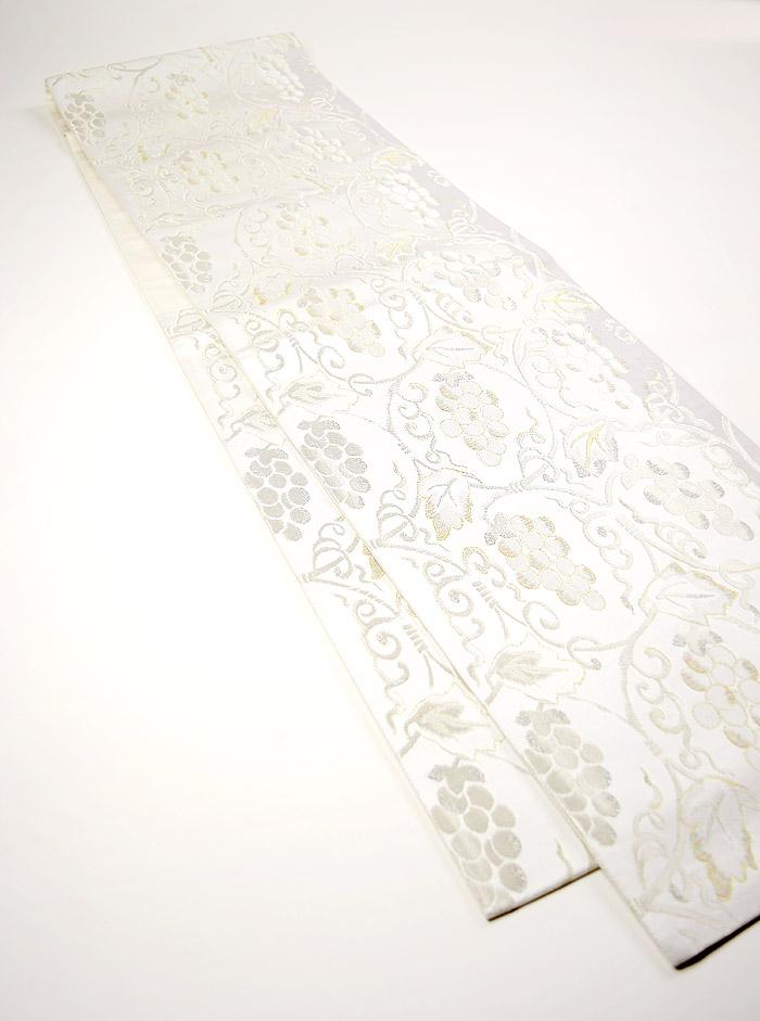 袋帯、西陣織、六通、ホワイト、ぶどう唐草、全体画像