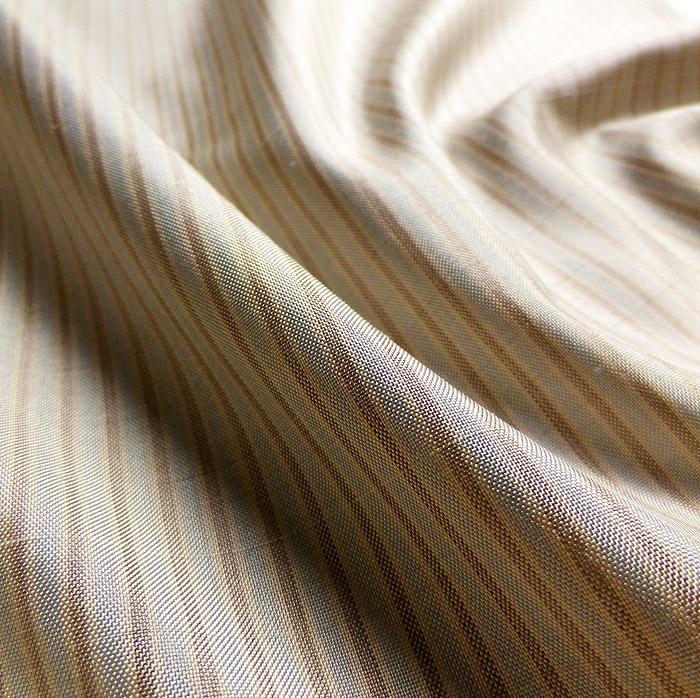大島紬、ベージュ、縞、生地の質感画像